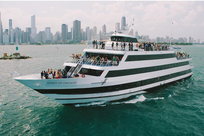 With the sunshine reflecting off the lakefront, there's no better place to enjoy an afternoon in Chicago than aboard a Spirit lunch cruise. Departing from Navy Pier, Spirit of Chicago lunch cruises are perfect for family sightseeing, lunch dates, travel groups and corporate outings.