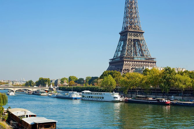 Skip the ticket desk line : Eiffel tower tour by elevator with Summit and cruise, Paris, FRANCIA