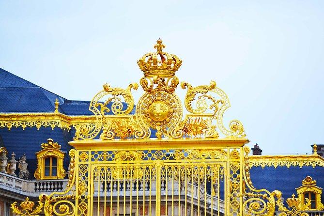 Versailles and the Louvre Tour with Skip-the-Line Access, Paris, França