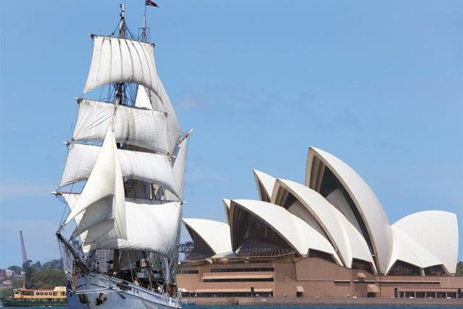 Just like the early settlers centuries ago, you too can experience the unforgettable thrill of cruising on Sydney Harbour in classic style and comfort. Boardour 1850's style tall ship and cruise Sydney Harbour whilst enjoying lunch prepared freshly on-board by your friendly crew.
