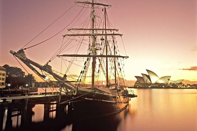 Step aboard the beautifulSouthern Swanor the magnificentSoren Larsenand set sail on this twilight dinner cruise like the early settlers all those years ago. There is no better way to end the day than this sublime Sydney Harbour dinner cruise.