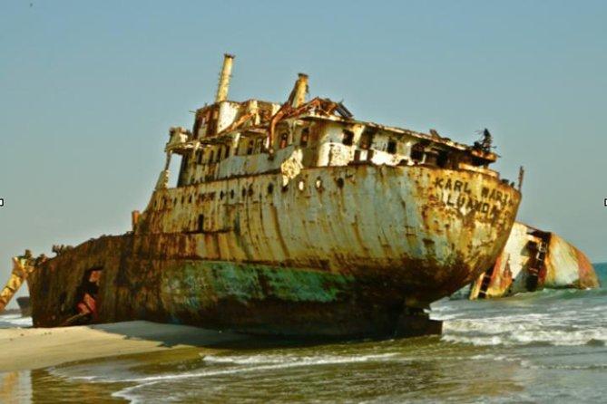Day Tour from Luanda to Shipwreck Beach and Boat Graveyard, Luanda, ANGOLA
