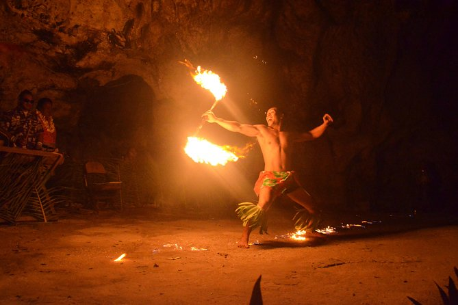 """Oholei brings out the best taste of Tongan traditional food with an """"all you can eat"""" buffet dinner! After dinner, spend the evening experiencing Tonga culture with a floor show in Hina Cave. Enjoy a Faiva performance of many traditional Tongan dances! Return transfers included."""