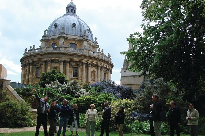 Explore Oxford University and city on this 90-minute walking tour for up to 25 people. Learn about the history and architecture from an experienced, local guide. Stop inside the University Library as well as some of the oldest college dining halls, chapels, cloisters, and quads.