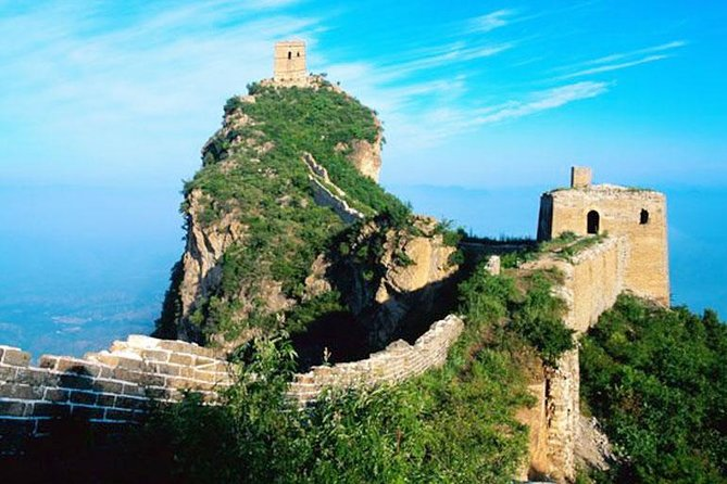 See the best of China's ancient civilization on this private full-day trip from Beijing to the Great Wall of China and the Ming Tombs. At the Great Wall, you'll climb the Juyongguan section, one of the most strategically important sections of the wall. You'll also explore the Ming Tombs, the burial ground of 13 Ming Dynasty emperors.