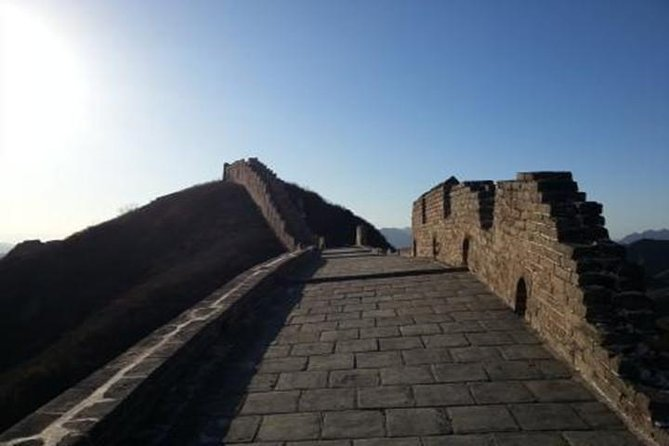 Precious chance to see Jinshanling Great Wall which is the remote and isolated section of the Great Wall. Jinshanling Great Wall connects Simatai Section of the wall in the east and Gubeikou section in the west. It is the most representative part of the Chinese brick-made dragon architecture.