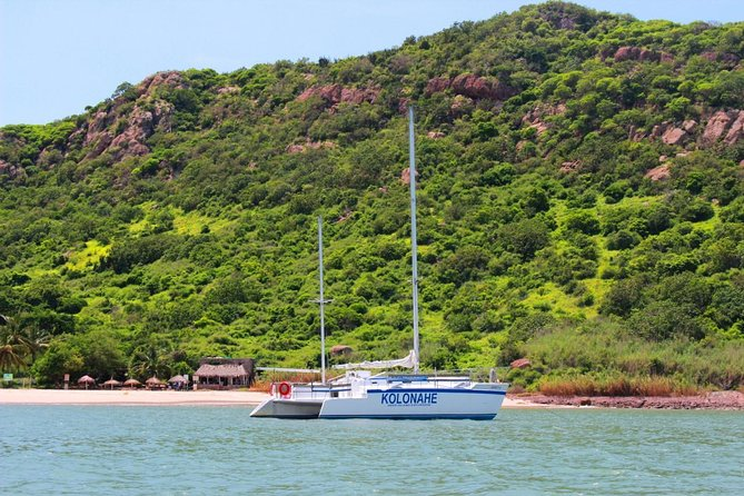 "Experience the thrill of sailing on the luxury trimaran ""Kolonahe"" to reach Deer Island. Relax on the beach or enjoy a kayak or banana boat rides, snorkeling among Pacific Ocean's blue waters and have fun playing beach volleyball while enjoying Mazatlan's wonderful scenery."