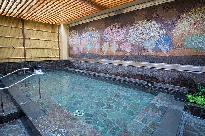 Aguas termales Thermae-Yu en Shinjuku., Tokyo, JAPON
