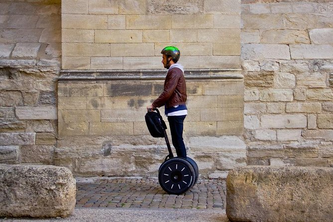 Highlights<br> • See the top historic landmarks and monuments of Reims<br> • Discover the city effortlessly on a Segway personal transporter<br> • Enjoy a more personal experience in a small group