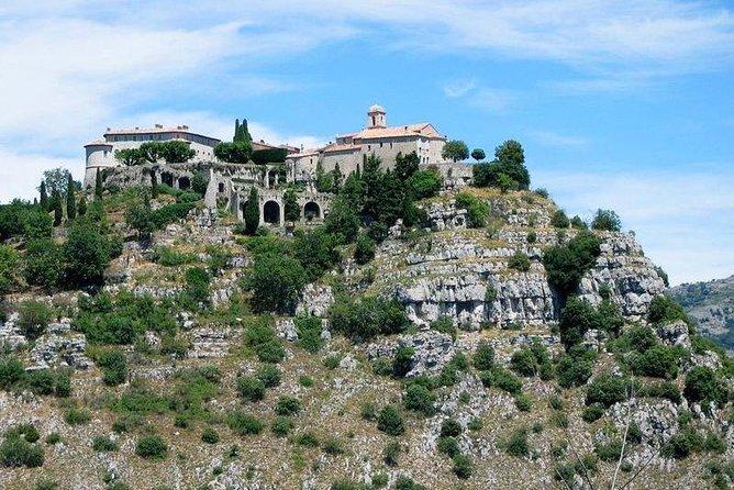 Excursión para grupos pequeños a Grasse, Gourdon, Valbonne: campiña y cata de vinos, Niza, FRANCIA