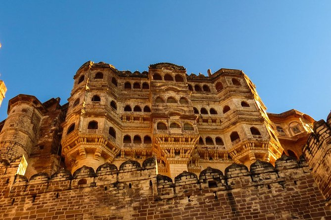 Experience Jodhpur in a One Day City Sightseeing Private Trip With Tour Guide .  <br><br>Pickup and Drop Within Any Jodhpur Location is Included . English Speaking Tour Guide For Your Jodhpur Sightseeing trip.  <br><br>One-Day Plan-Itinerary for Sun city/Blue city Jodhpur in Rajasthan Including T<br><br>ours To Umaid Palace Museum,  Mehrangarh Fort, Jaswant Thada,  Rao Jodha Desert Rock Park,  Mandore,  Ghantaghar Market (Clock Tower) .  <br><br>All Places Tour Guide will be With You .