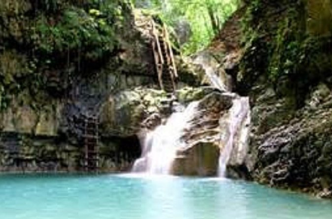 Experience Dominican Republic history and culture on this Jeep Safari tour that will take you along the Santiago outback. The excursion will also stop at seven layers of waterfalls and natural pools where you can swim, relax and enjoy a tasty lunch.