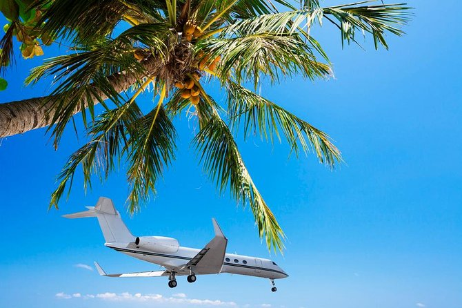 Enjoy this hassle-free round trip shared transfer in air-conditioned minivans and eliminate stress to worry about transportation on your vacation. You can avoid the lines waiting for taxis and have a friendly and professional driver waiting for you to take you from the airport to your hotel. This is a great way to start and end your fun time in beautiful Nassau.