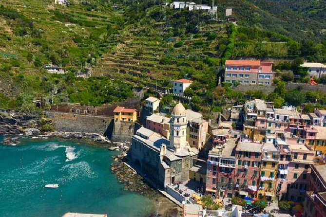 """Explore one of the most beautiful and stunning Italian landscapes in the world. The Cinque Terre, """"Five Villages"""", is a UNESCO World Heritage site with an enchanting coastline, with rare flora and small villages that hug the coastline. You'll have the opportunity to take incredible photos of the Italian Riviera while travelling by bus, boat and train between Vernazza, Manarola and Monterosso. Plenty of time to swim, enjoy lunch, taste home-made Italian gelato and do some shopping.<br>"""