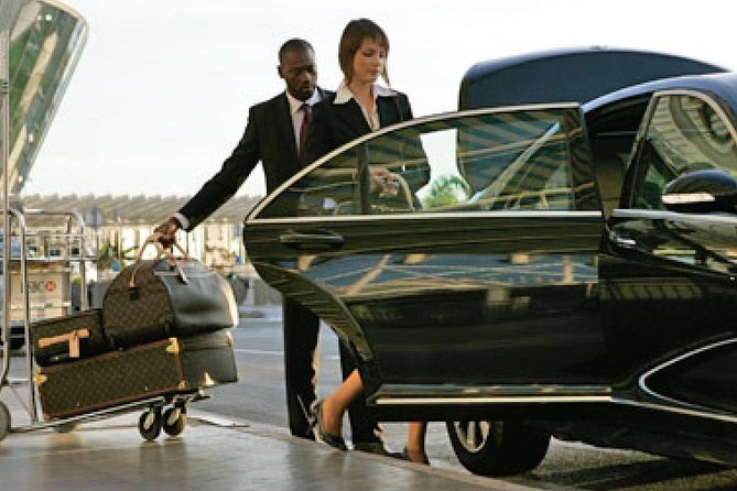 Low cost private taxi transfer from Maastricht Aachen Airport (MST), to your hotel or address in Maastricht.