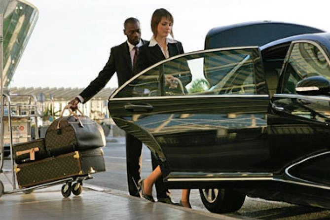 Low Cost Private Transfer From Dresden Airport to Leipzig City - One Way, Leipzig, Alemanha
