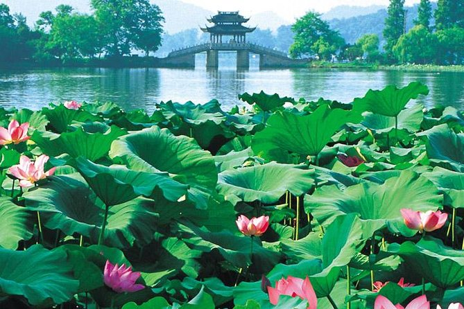 This Picturesaue Hangzhou Tour is an elaborately designed tour to explore the beauty of Hangzhou by visiting its most highlighted attractions including Peak Flown From Afar, Lingyin Temple, West Lake with boat ride, Meijiawu Tea Plantation and Six Harmonies Pagoda. Tour is available on every Monday, Tuesday, Wednesday, Thursday and Friday.