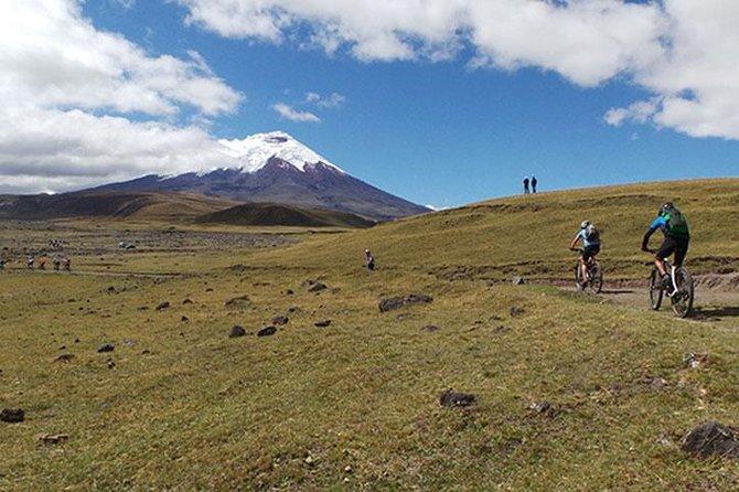 MAIS FOTOS, Viagem diurna de bicicleta e caminhada pela Reserva Nacional de Cotopaxi
