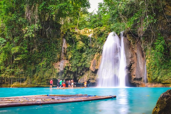 Embark on this full-day small-group trip to the Kawasan Falls and Moalboal Islands with a tour buddy. You will experience the rushing ice cool water at Kawasan Falls and get a chance to swim with turtles and extravagant fishes at the Moalboal Islands. Hotel pickup and drop-off is included.