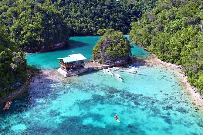 Be mesmerize of Siargao, The most famous Sugba Lagoon and Magpupungko<br>Be accompanied by our friendly, dependable tour guides for a hassle free vacation.<br>The additional payment of 50php for foreigners will be collected on the day by the tour guide. This is in accordance to the law implemented on Del Carmen Municipality. Bringing of food, plastic bottles and noise pollution is strictly prohibited.<br>Tour Duration is 7 to 9 hours including travel time. All are allowed 3 hours stay inside Sugba Lagoon. This is one of the places where you can do Paddle Boarding, Kayaking, Bamboo Rafting and roam around the Vast Places of Sugba Lagoon. Magpupungko can be visited only during low tide, in order to see the marvelous nature made swimming pool with its crystal clear water and to be amazed with a thousand year old rock formation. A rock that is sitting on another rock. Basically this tour can start at Magpupungko or can start at Sugba Lagoon. <br>