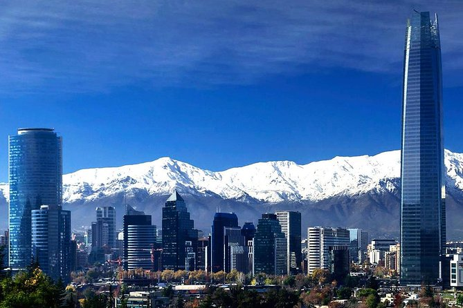 On this tour you will learn how is the daily life of the vibrant capital of Chile, with all the attractions that no one should miss even those most typical corner of Santiago's life, we want you to know from the hand of our guides, so than you can keep with you the best experience of the culture and heritage of this city.<br><br>In addition you will enjoy the chilean cuisine in your lunch time in Pirque town and take a full wine tour and tasting in one of the most important wineries of Chile.