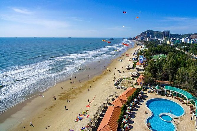 The seaside resort of Vung Tau lies along the southeast coast of Vietnam. This tour takes in all the highlights in one day, including the Bach Dinh Mansion, Thang Tam Temple, and the Jesus Christ Statue. After feasting on a delicious seafood lunch, take in the views from the Nghinh Phong sea cliffs, and spend time relaxing on the sandy shores of Thuy Van beach.