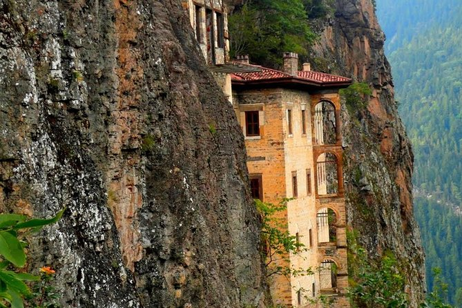 We invite you to a 11 days journey that will be imprinted on your minds. Sumela Monastery that hosts thousands of people every year with its unique architecture and nature, Karaca Cave that presents the visitors a visual recital with its stalactites and stalagmites and Hamsikoy.You will experience a natural wonder Lake Uzungol, Ayder which is on the skirts of the Mount Kackar, Hagia Sophia with its historical aura, Ataturk's Villa and Lake Sera. You will taste Muhlama-Kuymak, Akcaabat meatballs, rolled cabbage, cabbage soup, corn soup and Lazic pie. You will dance horon and kolbastı, and you will enjoy the sound of the local violin and pipes.