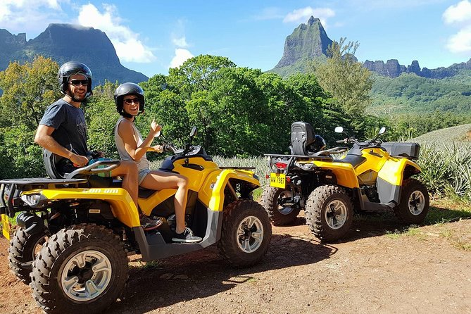 Opportunity to do these two activities on two different days.<br><br>Jet ski: During 3:00, you will visit Cook's Bay then Opunohu's Bay and then go swimming among rays and sharks.<br><br>ATV/Quad: During 3:30, you will visit the pineapple fields, the agricultural school then you will go to the belvedere. You will continue your hike to the summit of the magic mountain to discover a breathtaking view.