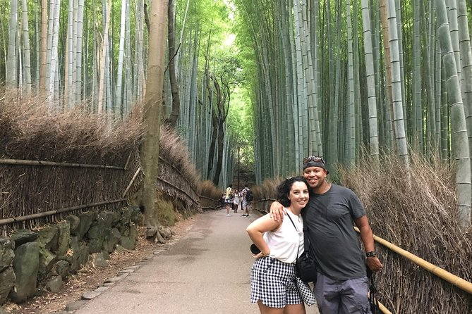 Maybe you have seen a picture of a Bamboo grove in Japan once in your life. This is the highlight of Arashiyama, an area where ancient aristocrats had their villas more than 1,000 years ago. On this tour, mainly you will visit a beautiful bridge called the Togetsukyo and the Tenryu-ji temple with beautiful traditional gardens, Bamboo grove, Sagano area, Jojakko-ji Temple with breathtakingly green mos. On the way, you also visit some secret spots where tourists don't know. While enjoying the walk and delicious food, you also learn some Japanese culture and history. <br><br>Let's explore Arashiyama and Sagano local area with the local guide & delicious food!!