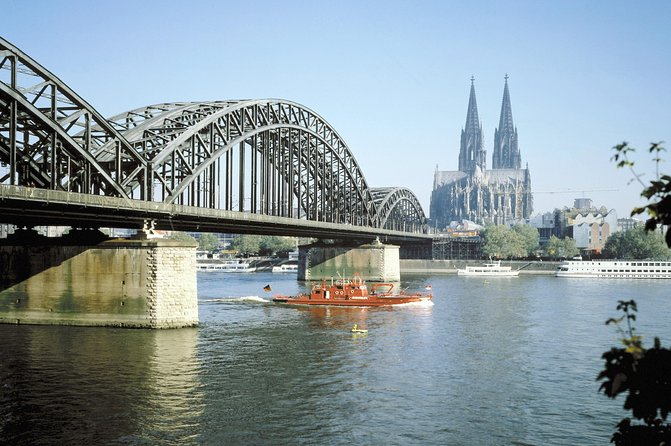 Private Arrival Transfer: Cologne Train Station to Hotel, Colonia, GERMANY