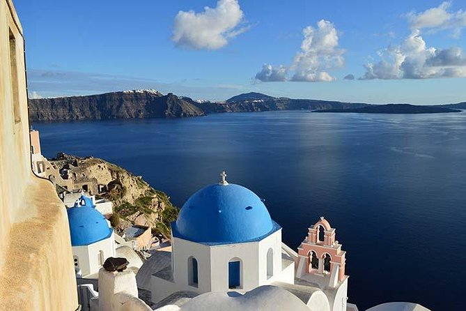 Explore Santorini island on this full-day tour by bus to the most famous and attractive places on the island such as the Akrotiri Exchavation Site, the Black Sandy Beach, Emborio Village, Wine Museum and free time for the sunset of Oia. Learn about the history of the island, admire the architecture of its traditional villages, leisure at its volcanic beaches and live Oia's sunset experience!