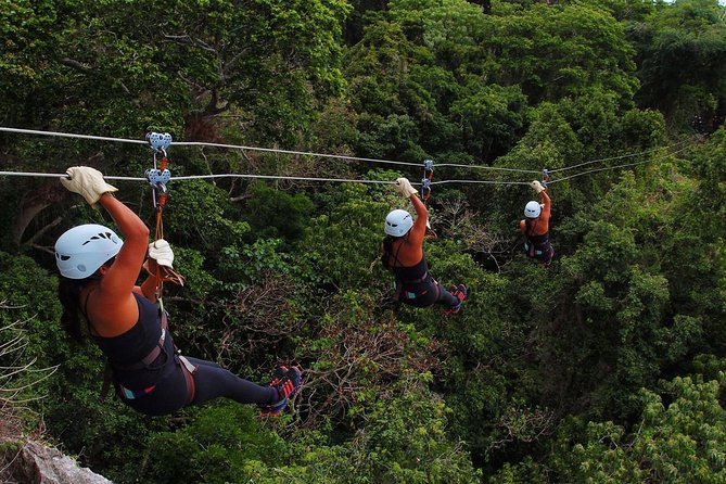 An amazing adventure with 5km of ziplines woven into a truly spectacular setting on incredible caves, canyons and breathtaking oceanviews