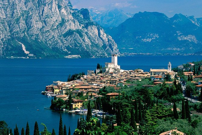 7-Days Italian Lakes and the Dolomites Tour from Milan, Milan, ITALY