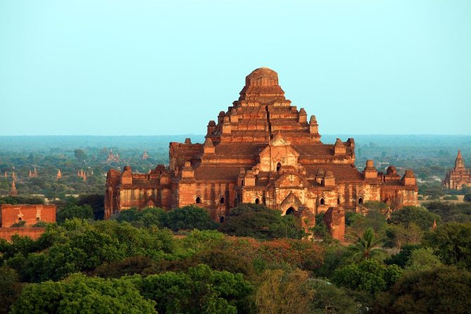 A full-day private tour of the temples of Bagan. Join an experienced guide to see some of the most revered temples on the plains, which is home to more than 2,000 ruined pagodas. <br><br>Highlights: <br>• Visit Ananda Pagoda, and Dhammayangyi and That Byin Nyu temples.<br>• One of the best local Burmese lunch.<br>• Experienced and knowledgeable local guide.<br>• Private tour, you ask for more Pagodas to visit in Bagan Area only.<br>