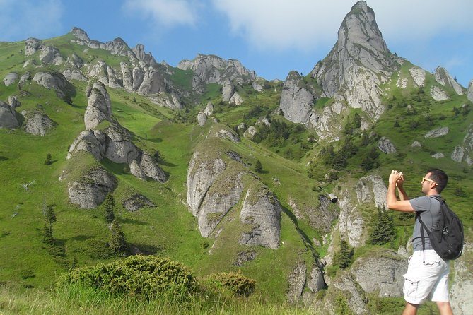 Day Hike in Carpathian Mountains for all levels in five areas, Brasov, RUMANIA