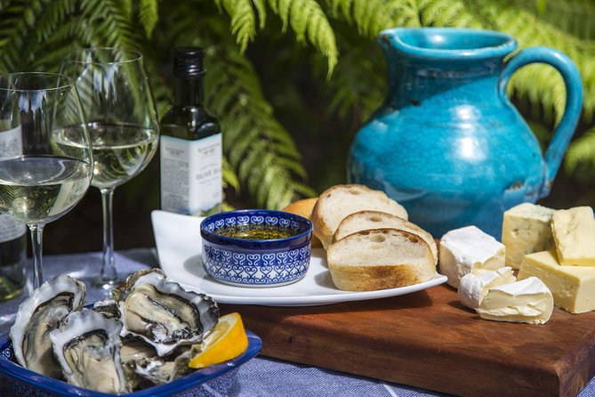 Enjoy succulent fresh oysters, award-winning olive oil and other locally-produced specialty foods, accompanied by wines from some of Waiheke Island's top boutique vineyards.Your guide will provide an entertaining and informative commentary along the way.