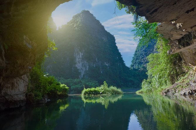 Hue : Discover Top Nature Landscapes Phong Nha Cave, Hue, VIETNAM