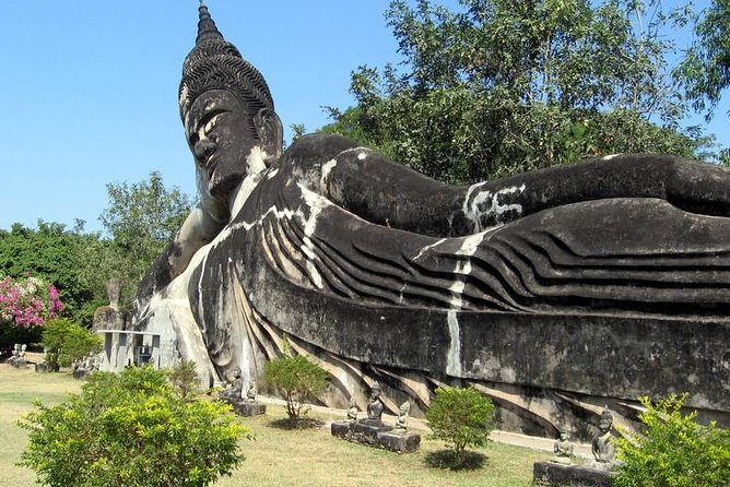 This day tour we mix out side natural tour and city tour together, after you enjoy in city sightseeing famous temples and Stupa we are going to bring you to ngeum river cruise and have lunch over there, then back to center town to see hophakeo, watsisaked, thad luang, patuxay