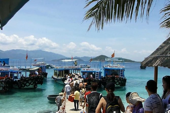 Nha Trang : Adventure with Beautiful Mun Island & Top Activites Diving Tour, Nha Trang, VIETNAME