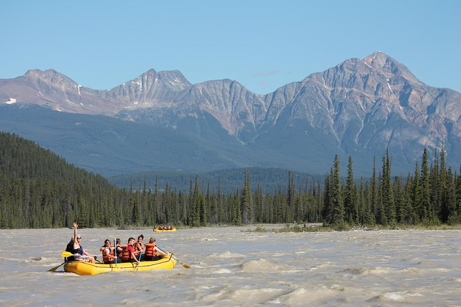 Jasper Rafting Trip on Athabasca River Mile 5, Jasper, CANADÁ