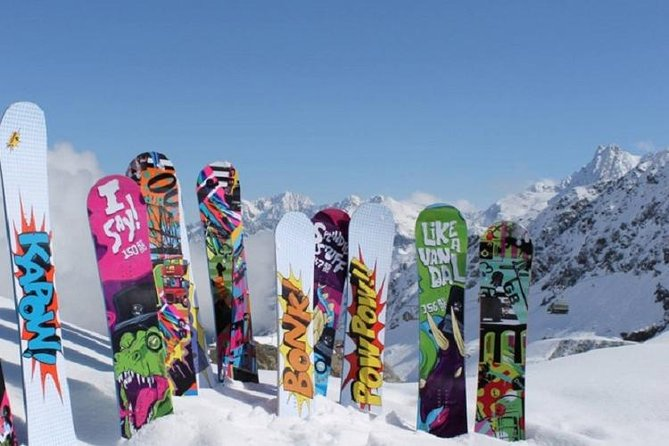 Whistler Snowboard Rental Package Including Delivery, Whistler, CANADA