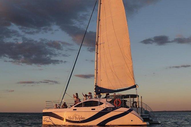 MAIS FOTOS, Hervey Bay Champagne Sunset Sail