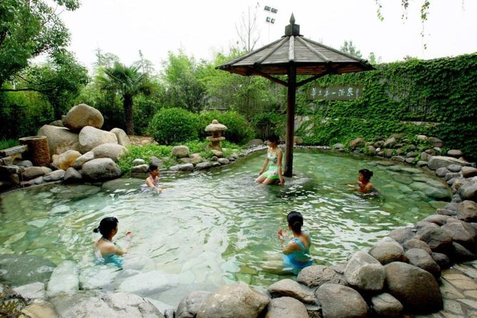 Relax 5 hours hot spring private tour, Harbin city Hot Spring is new industry in Harbin just for recently years, but out Harbin have more Hot Spring for long time before. you will be taken to go Harbin Beilong hot spring, Harbin Tanghegong hot spring and Harbin Taipinghu hot spring one of them in city.<br><br>Please noted: these people can not do hot spring, suffering from heart disease, hypertension, anemia, high serious skin disease, and trauma.