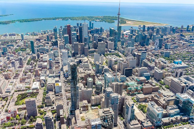 MÁS FOTOS, 14-Minute Helicopter Tour Over Toronto
