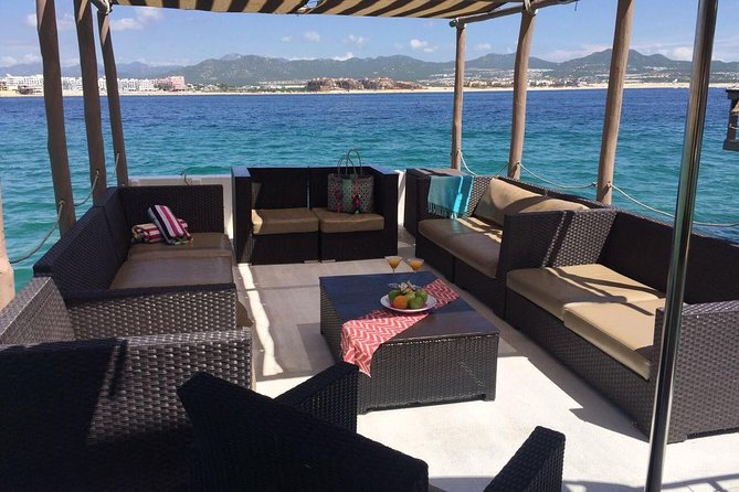 PRIVATE DAY AND SUNSET TOURS (up to 12 px)<br><br>This 4-hour private cruise for up to <br><br> 12 passengers is like having your own boat and crew for half a day. Leave from Cabo San Lucas marina in the morning and head out to see The Arch, Lover's Beach, and Pelican Rock. Dock at a semi-private beach where you can snorkel or try stand-up paddle-boarding. Soft drinks, bottled water  chips and salsas included;  extra food and open bar avialable upon request or you can bring your own. The lounge type seating arrangements and on-board restroom and music system make this tour as comfortable as it is fun. <br><br>Water mat is included for more fun!!!