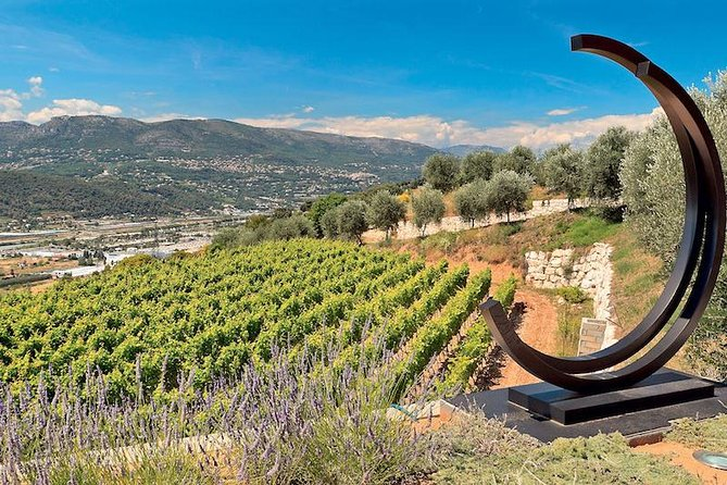 Visit two vineyards on Bellet Hill and taste organic Rosé, Red and White wines. There will also be a chance to taste some flavors of Provence during the tour such as olive oil, olive paste, fruity marmalade... Enjoy exploring the ouest side of the city of Nice during the tour.