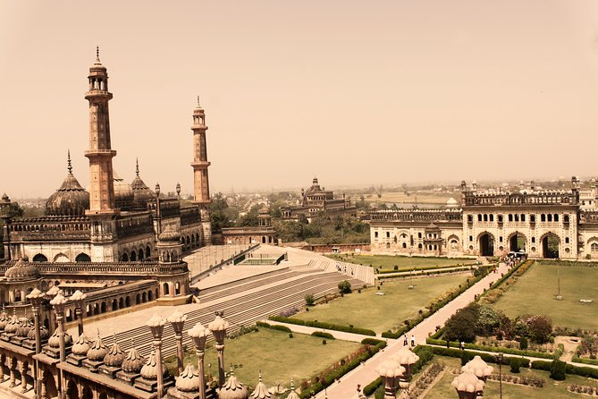 Lucknow is a city of many splendors, that promises a rich dose of history, culture and cuisine.  On this 7-hour small group tour, view amazing sights such as La Martiniere, Sadat Ali & Begum Tombs, The Residency, Asfi (Bara) Imambara, Rumi Darwaza and Hussainabad (Chota) Imambara. At the end of it all you may also opt for a stroll at the Chowk market or at Hazratganj. There is a maximum of 4 passengers for this tour. <br>