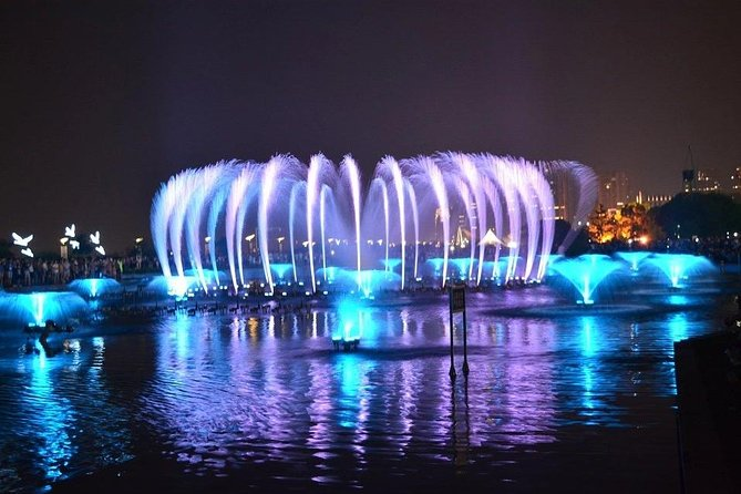 Watch romantic water fountain and music show at famous Autumn Water Square (Qiushui Square) and enjoy a Nanchang local authentic food dinner during this wonderful 4-hour night tour. In addition, spend a quality time in sightseeing tour of the city with a private guide in a comfortable vehicle to see all the landmark buildings, bridges, and etc. Local food, guide, and transportation are included.