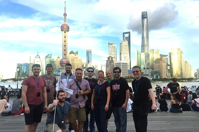 If you have very limited time in Shanghai, and want to go home with a great understanding of Shanghai, its people, history and culture, then this private day tour is perfect for you! You will visit both the east and west sides of Shanghai and also discover Shanghai's fascinating mix of modern and classic character. The major attractions in this tour includes: Shanghai Tower, The Oriental Pearl Tower, Shanghai World Financial Center, The Bund, Riverside Promenade (Binjiang Da Dao), Yu Yuan Garden, French Concession area and much more!<br><br>Note that observation decks in Lujiazui area are optional so you can choose based on conditions.