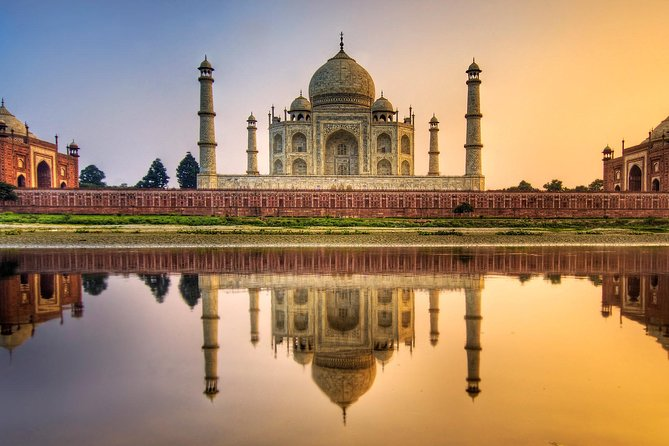 Book a one-way transfer to avoid the rush of public transport. Join an English Speaking Chauffeur in a Comfortable, air-conditioned car for your private transfer with option to book both side (Jaipur To Agra Drop Option and Agra To Jaipur Drop Option ) as per your needs of Transfers Trip.